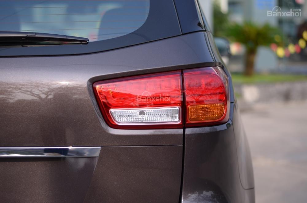 Kia Grand Sedona đẳng cấp cao giá cực sốc trong phân khúc MPV cỡ lớn-23