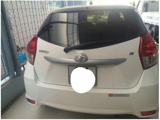Cần bán xe Toyota Yaris đời 2014, màu trắng, như mới, 625tr-1