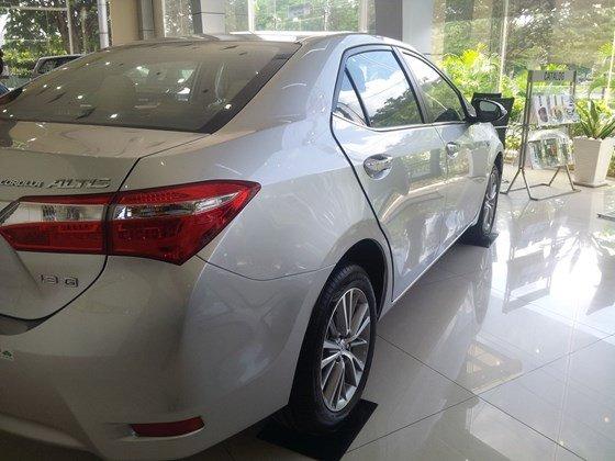 Cần bán xe Toyota Corolla altis 2015, nhập khẩu chính hãng giá rẻ xe đẹp-7