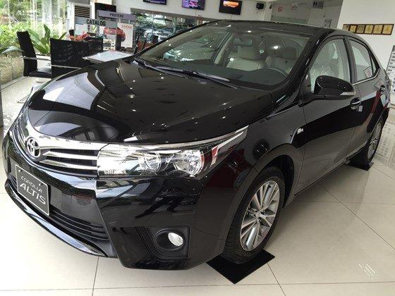 Toyota Corolla Altis đời 2015, màu đen, xe nhập, 815 triệu có xe giao ngay-0