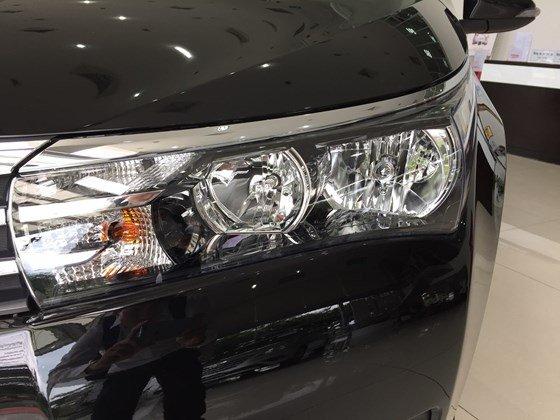 Toyota Corolla Altis đời 2015, màu đen, xe nhập, 815 triệu có xe giao ngay-4