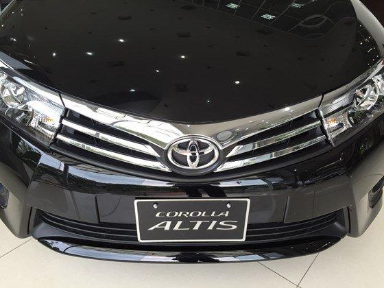 Toyota Corolla Altis đời 2015, màu đen, xe nhập, 815 triệu có xe giao ngay-1