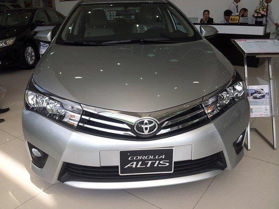 Cần bán xe Toyota Corolla altis 2015, nhập khẩu chính hãng giá rẻ xe đẹp-2