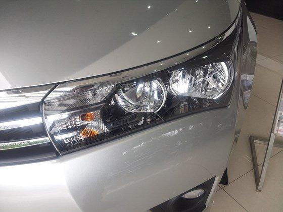 Cần bán xe Toyota Corolla altis 2015, nhập khẩu chính hãng giá rẻ xe đẹp-5