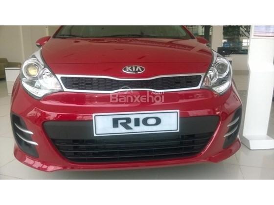 Bán xe Kia Rio Hatchback nhập khẩu chính hãng, màu đỏ, trả góp chỉ từ 200 triệu, có xe giao ngay tại Kia Hải Phòng-1