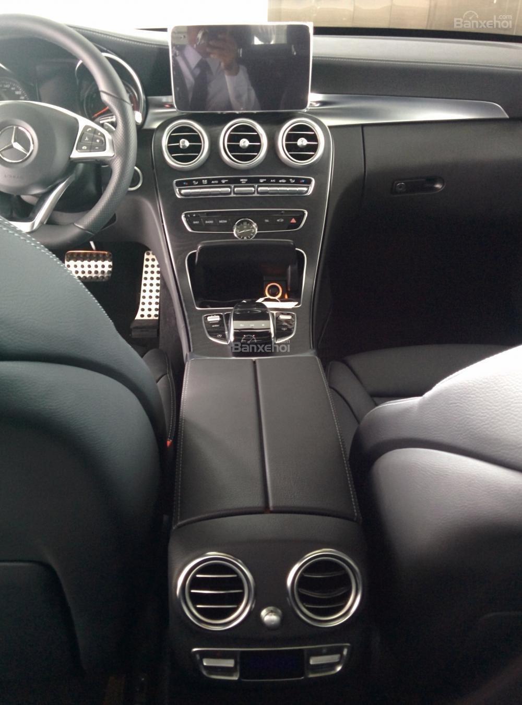 Đặt ngay Mercedes C300 AMG model 2016, đầy đủ màu sắc, ưu đãi giá tốt đầu năm 2016, hỗ trợ ngân hàng tận tình-6