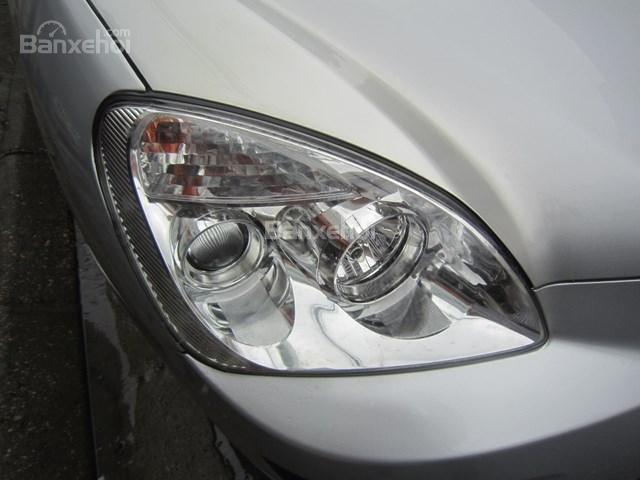 Cần bán xe Kia Carens đời 2011, màu bạc-2