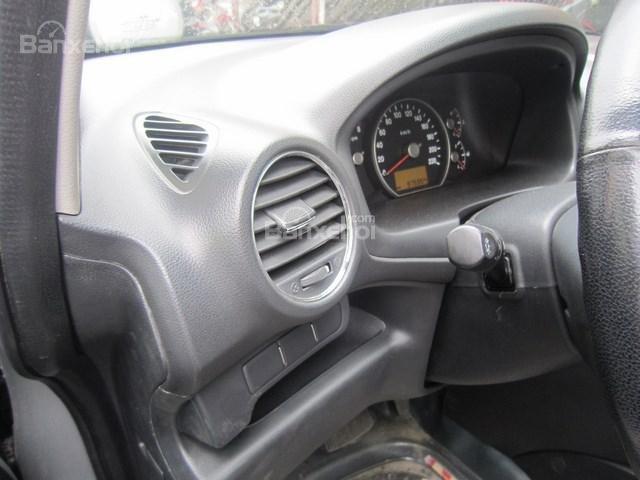 Cần bán xe Kia Carens đời 2011, màu bạc-11