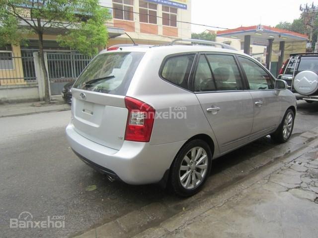 Cần bán xe Kia Carens đời 2011, màu bạc-7