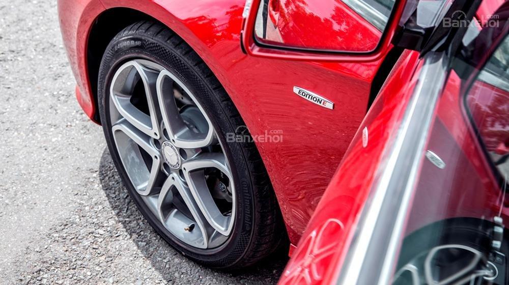 Giao ngay Mercedes Edition E trước tết, ưu đãi giá tốt đầu xuân 2016, hỗ trợ ngân hàng và giao xe nhanh-7