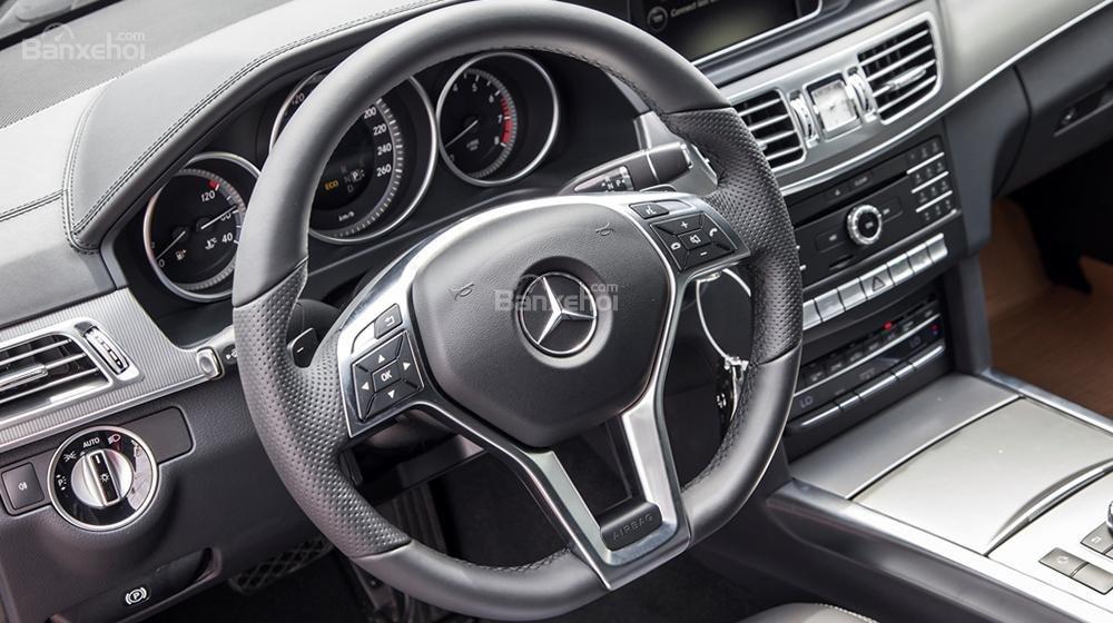 Giao ngay Mercedes Edition E trước tết, ưu đãi giá tốt đầu xuân 2016, hỗ trợ ngân hàng và giao xe nhanh-8