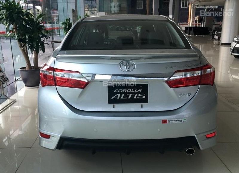 Corolla Altis 2.0CVT-i 2015 màu bạc, Toyota Giải Phóng cam kết giá tốt nhất-2