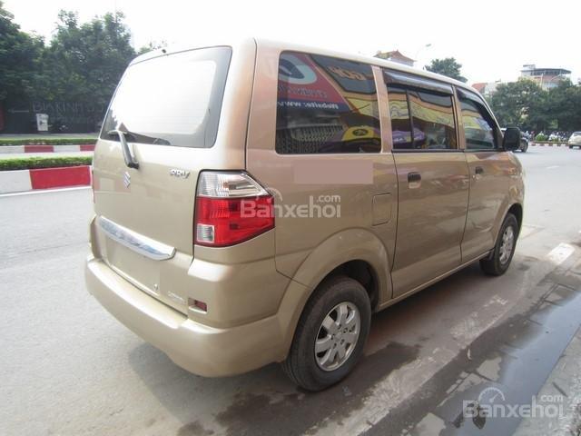 Cần bán Suzuki APV đời 2010, màu vàng-8
