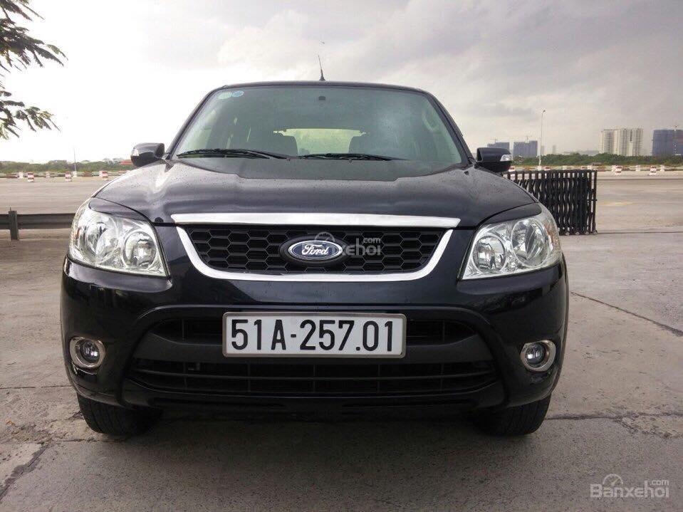 Cần bán Ford Escape XLS đời 2011, màu đen-0