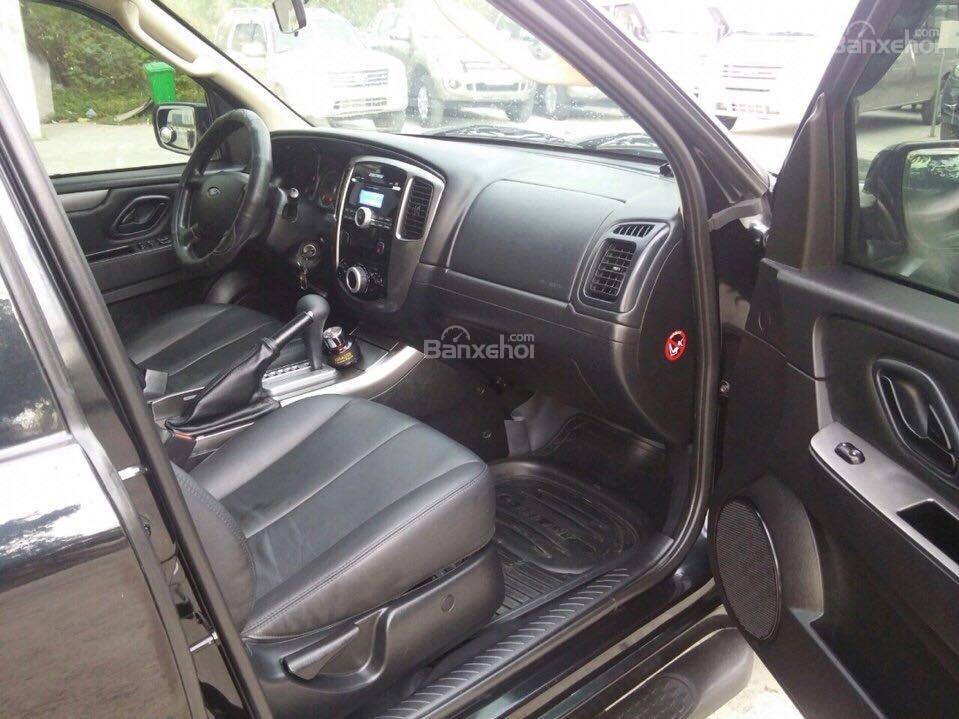 Cần bán Ford Escape XLS đời 2011, màu đen-5