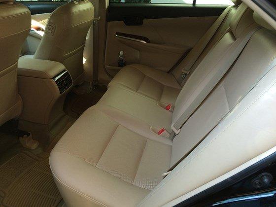 Chính chủ cần bán xe Toyota Camry 2013, biển số 51A-91363, màu đen, xe gia đình sử dụng kỹ-10