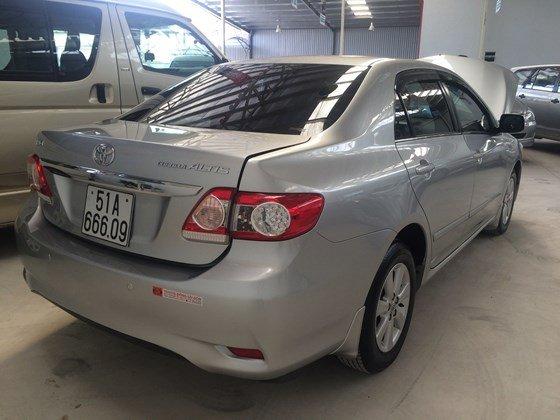 Toyota Corolla altis 1.8MT năm 2013, màu bạc, bảo hành chính hãng-2