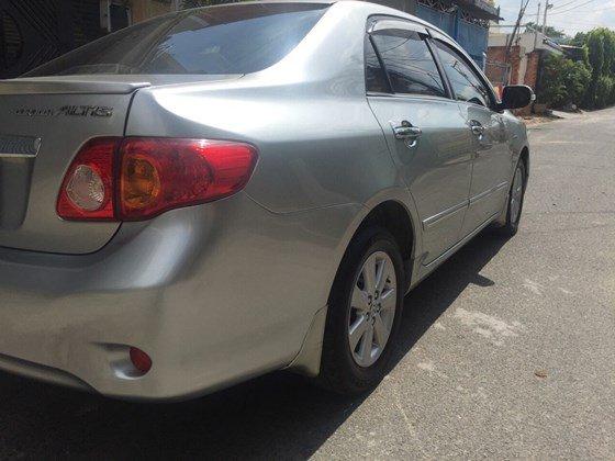 Cần bán Toyota Corolla Altis 1.8 G, màu bạc, chạy đúng 60.000km-1