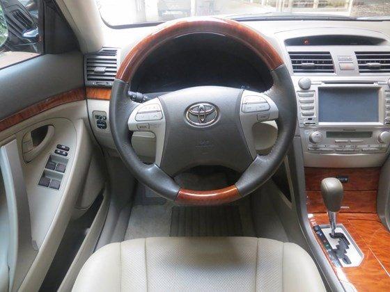 Chính chủ bán xe Toyota Camry 2.0E, nhập khẩu, sản xuất 2009, đăng ký 2010-13