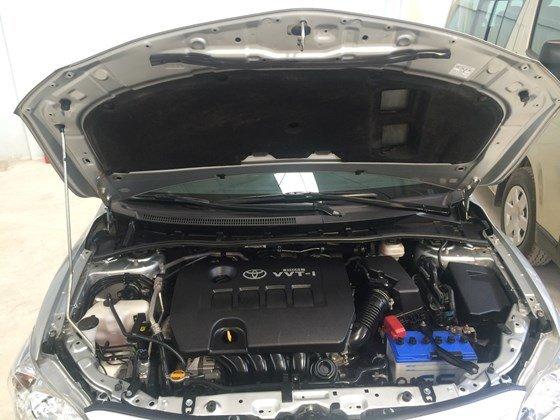 Toyota Corolla altis 1.8MT năm 2013, màu bạc, bảo hành chính hãng-6