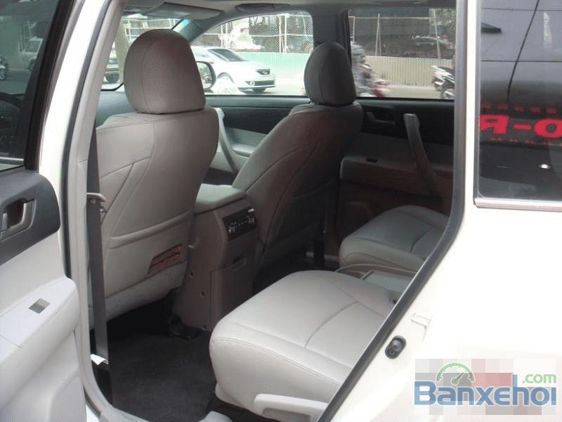 Toyota Highlander LE 2.7 2015 hoàn toàn mới-3