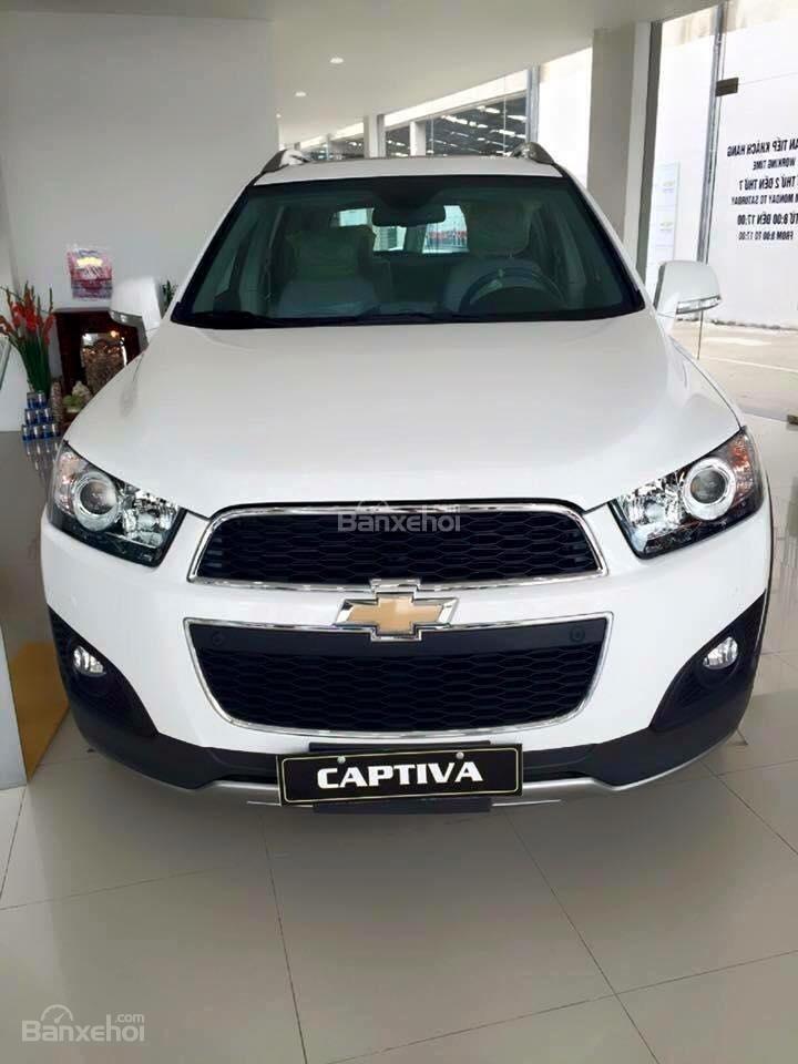 Chevrolet Captiva LTZ 2015 giá tốt tại đại lý Chevrolet Giải Phóng-0