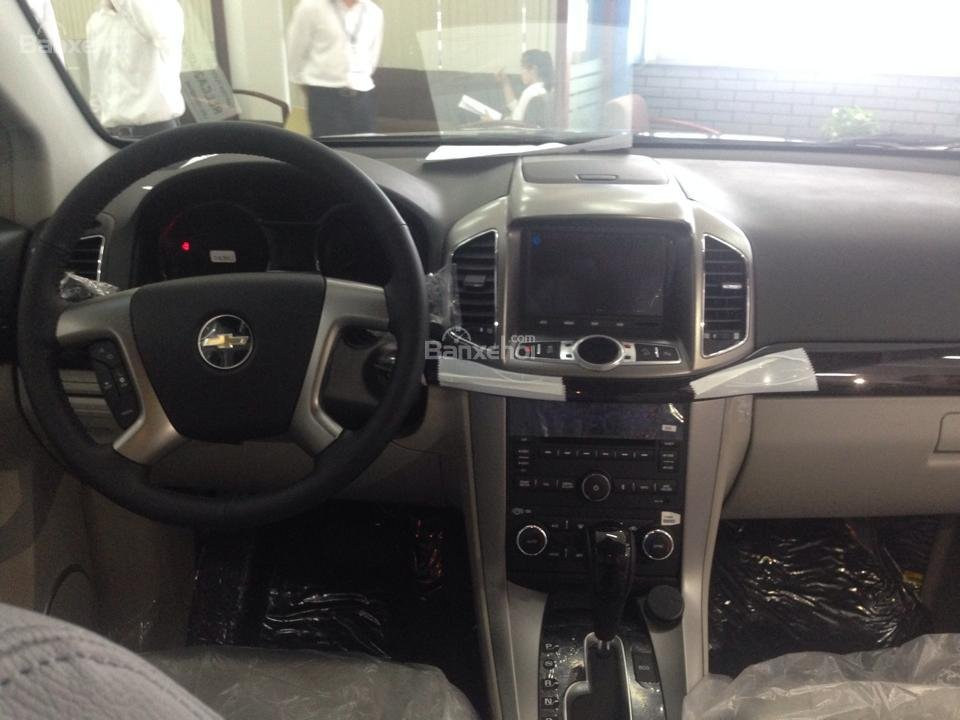 Chevrolet Captiva LTZ 2015 giá tốt tại đại lý Chevrolet Giải Phóng-2