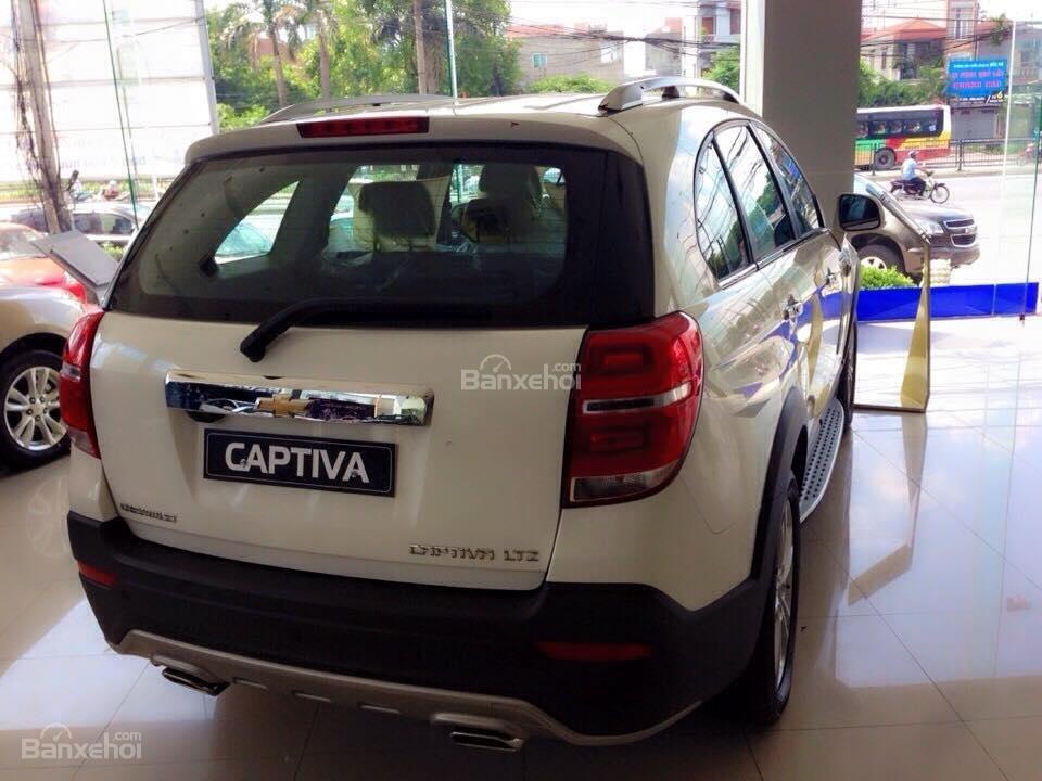 Chevrolet Captiva LTZ 2015 giá tốt tại đại lý Chevrolet Giải Phóng-4
