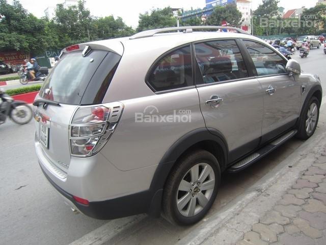 Bán ô tô Chevrolet Captiva đời 2010, màu bạc-1