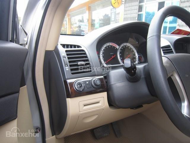 Bán ô tô Chevrolet Captiva đời 2010, màu bạc-5