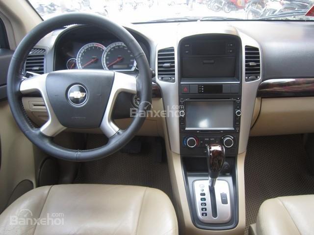 Bán ô tô Chevrolet Captiva đời 2010, màu bạc-7
