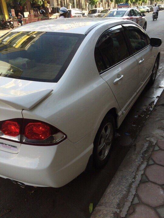 Cần bán xe Honda Civic sản xuất 2010, nhập khẩu, giá 500tr-1