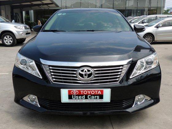 Toyota Mỹ Đình - CN Cầu Diễn bán Toyota Camry 2.0 E 2013 màu đen-2