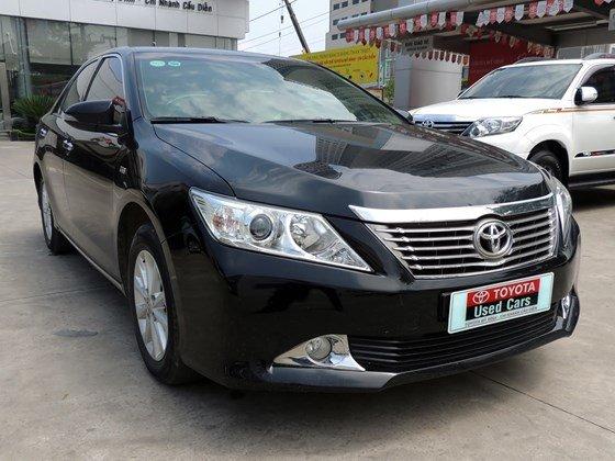 Toyota Mỹ Đình - CN Cầu Diễn bán Toyota Camry 2.0 E 2013 màu đen-8