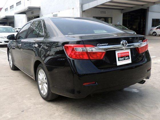 Toyota Mỹ Đình - CN Cầu Diễn bán Toyota Camry 2.0 E 2013 màu đen-6