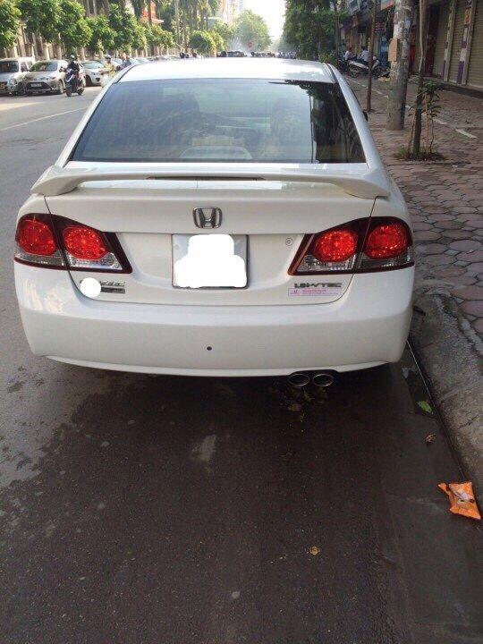 Cần bán xe Honda Civic sản xuất 2010, nhập khẩu, giá 500tr-5