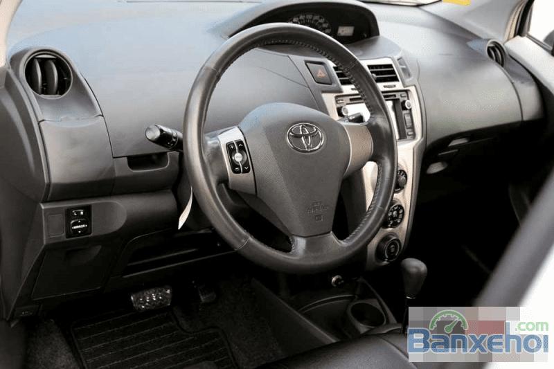 Bán ô tô Toyota Yaris, màu bạc, 496 triệu nhanh tay liên hệ-12