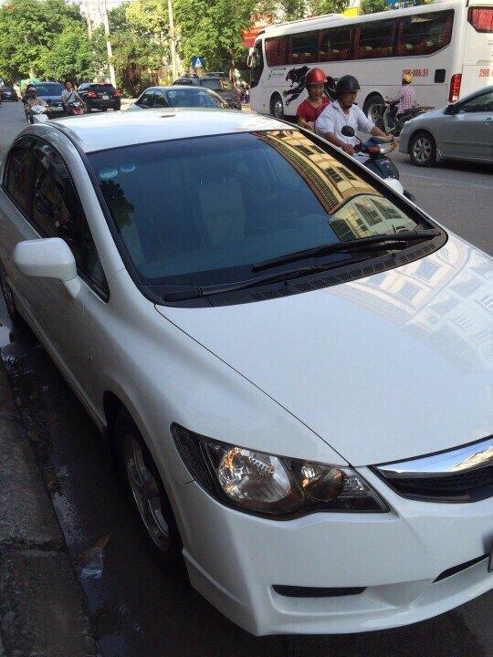 Cần bán xe Honda Civic sản xuất 2010, nhập khẩu, giá 500tr-0