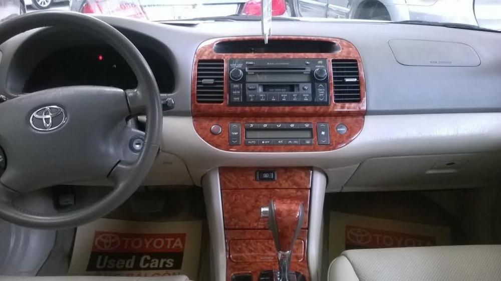 Bán ô tô Toyota Camry đời 2005 giá 580 tr-3