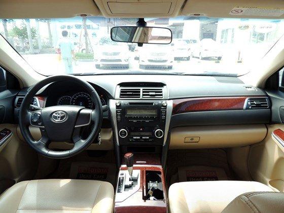 Toyota Mỹ Đình - CN Cầu Diễn bán Toyota Camry 2.0 E 2013 màu đen-1