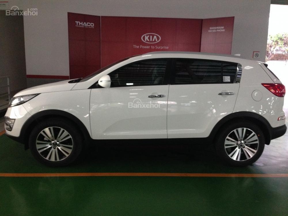 Bán xe Kia Sportage đời 2015, màu trắng, nhập khẩu chính hãng, giá 835tr-0