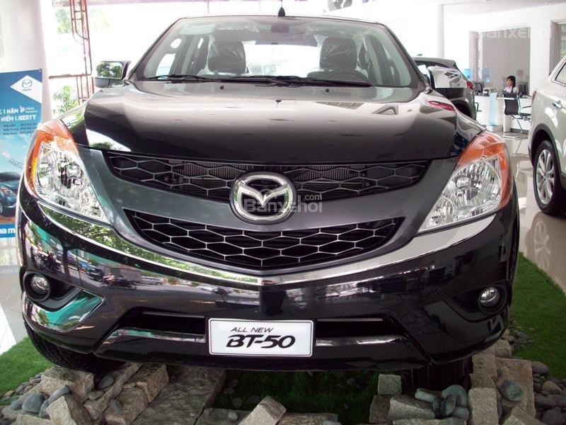 Mazda Tây Ninh bán xe Mazda BT50 mới 2015, nhập khẩu nguyên chiếc, giá 649 triệu, khuyến mãi cực kì hấp dẫn-0