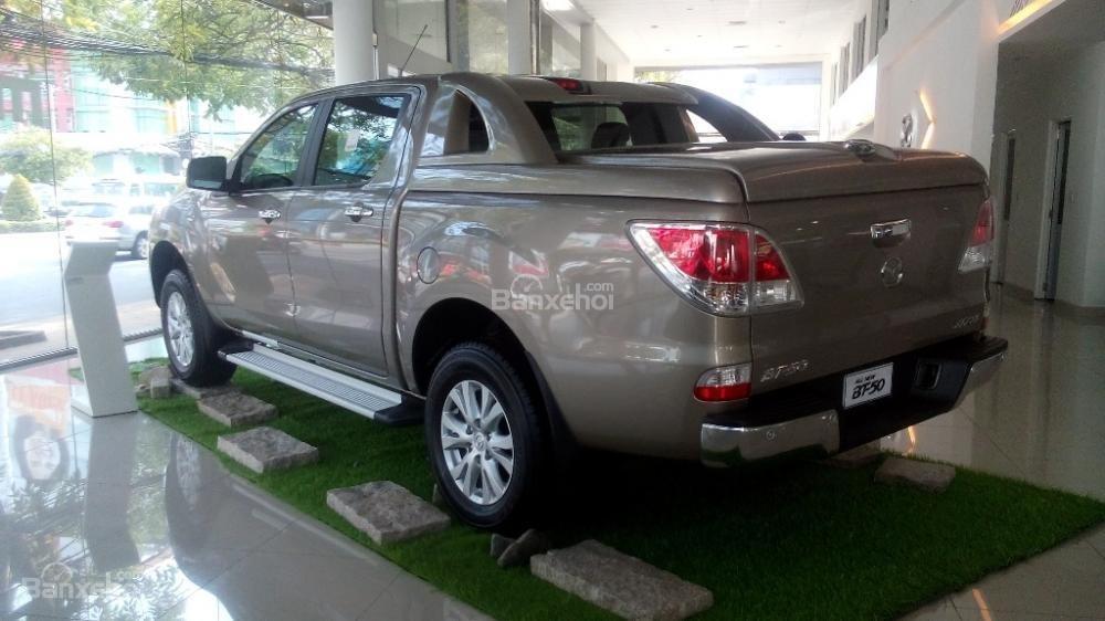 Mazda Tây Ninh bán xe Mazda BT50 mới 2015, nhập khẩu nguyên chiếc, giá 649 triệu, khuyến mãi cực kì hấp dẫn-2