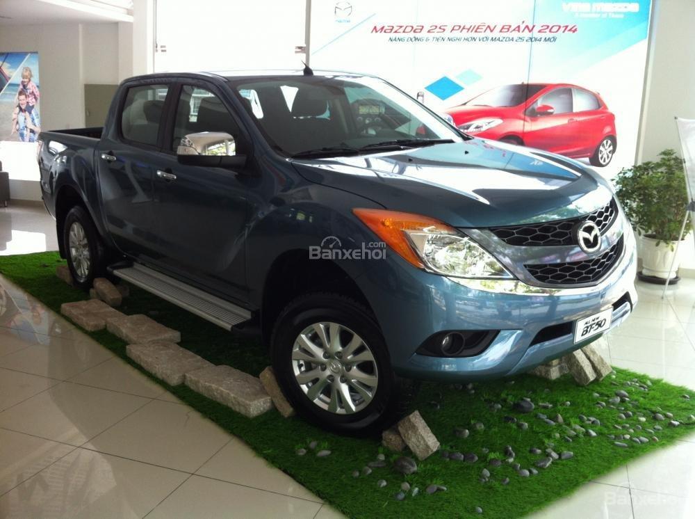 Mazda Tây Ninh bán xe Mazda BT50 mới 2015, nhập khẩu nguyên chiếc, giá 649 triệu, khuyến mãi cực kì hấp dẫn-4