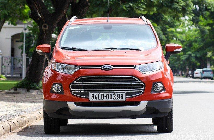Ford EcoSport được thiết kế đậm chất thực dụng và kém thẩm mỹ.