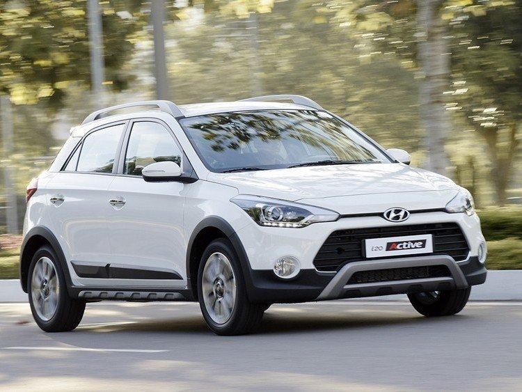 Hyundai i20 Active sở hữu ngoại hình mềm mại.
