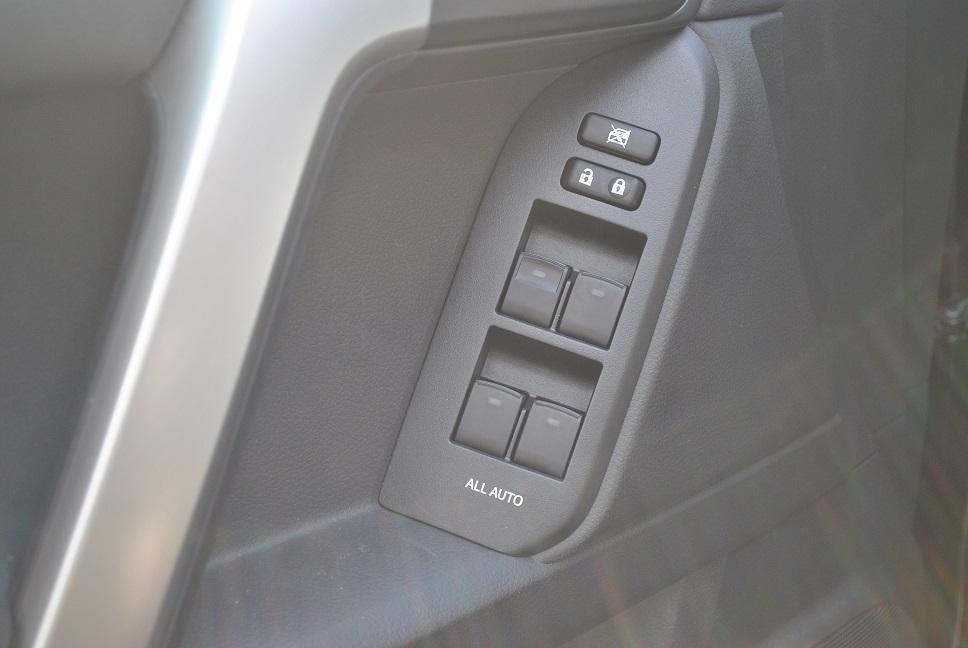 Toyota Land Cruiser Prado TXL đời 2015, nhập khẩu nguyên chiếc-5