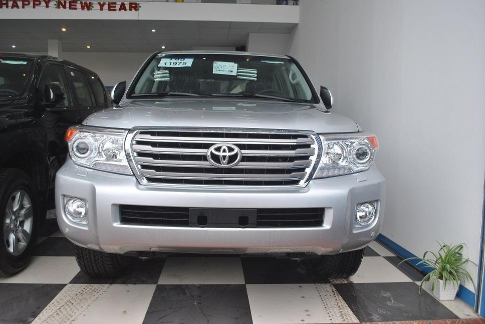 Xe Toyota Land Cruiser đời 2015, nhập khẩu chính hãng nhanh tay liên hệ-0