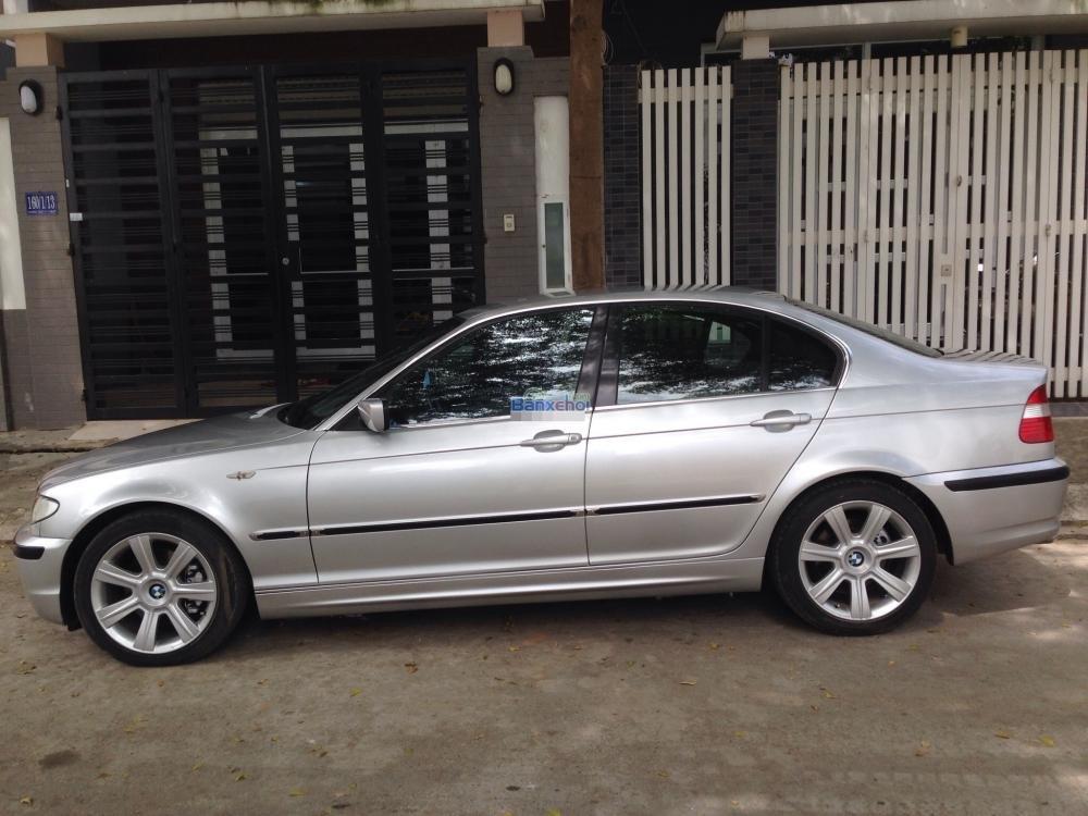 Gia đình cần bán xe hiệu BMW 3 Series 325i, động cơ 2.0 ít hao xăng, màu bạc, số tự động-4