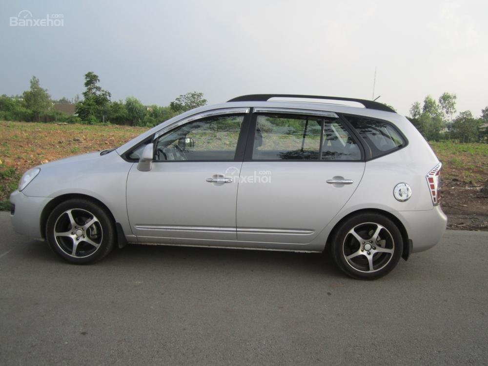 Bán ô tô Kia Carens 2.0 năm 2010, màu bạc, giá 380tr-0